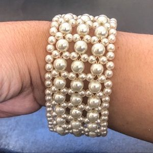 ♦️Faux Pearl Stretchy Bracelet